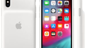 【朗報】デザインが改良された新型iPhone用純正バッテリーケースが登場