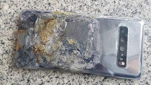 Galaxy S10 5G、自然発火するもサムスン「製品自体に問題ない」