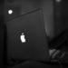 MacBookに光るリンゴマークは必要か否か